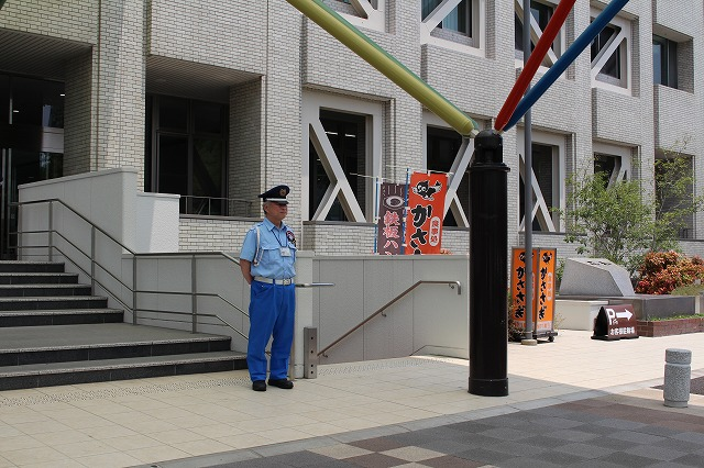 警備実績 佐賀市役所3